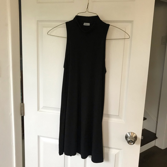 Abbeline Dresses & Skirts - Mock turtleneck dress